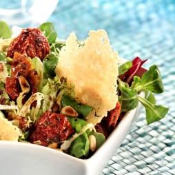 Foto - Italienischer Sommersalat mit Parmesan -