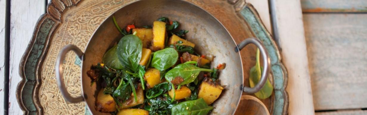 Saag aloo − Scharfer Gruß aus der indischen Küche