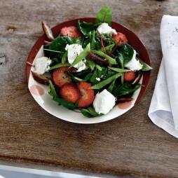 Foto - Rotkäppchen-Salat mit Erdbeeren -