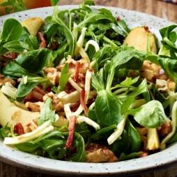 Foto - Grüner Salat mit Sellerie und Speck-Birnen -