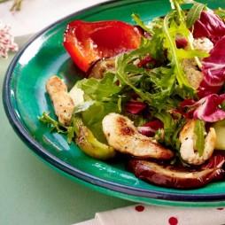 Foto - Gemüse-Salat mit Putenstreifen -