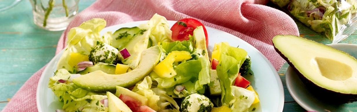 Mozzarella-Avocado-Salat