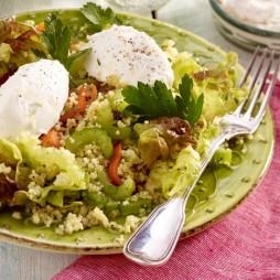 Foto - Rot-grüner Salat mit Couscous und Ziegenkäse -