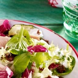 Foto - Zucchini-Salat mit Räucherforelle -