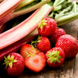 Foto - Spargelsalat mit Erdbeeren -