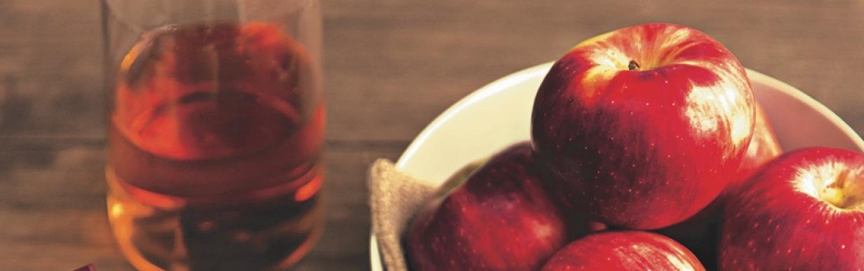 Feldsalat-Variation mit Apfeldressing