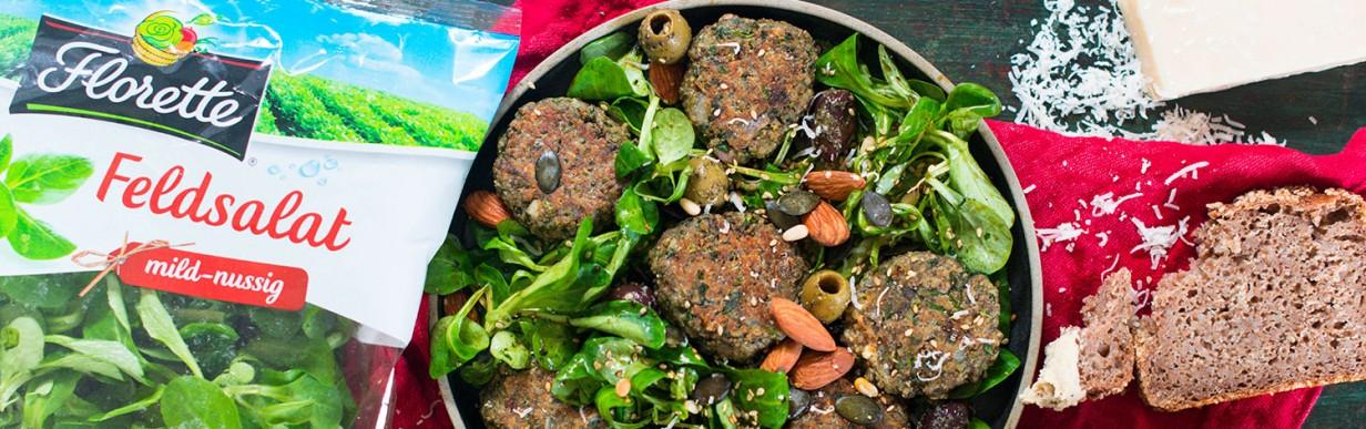 Feldsalat mit Champignon-Ricotta-Bällchen