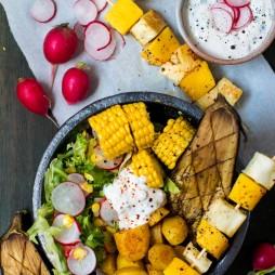 Foto - Halloumi-Mango-Spieße mit Sommersalat -