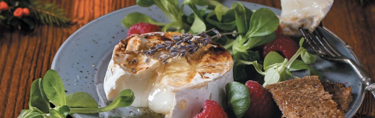 Ziegenkäse mit Feldsalat
