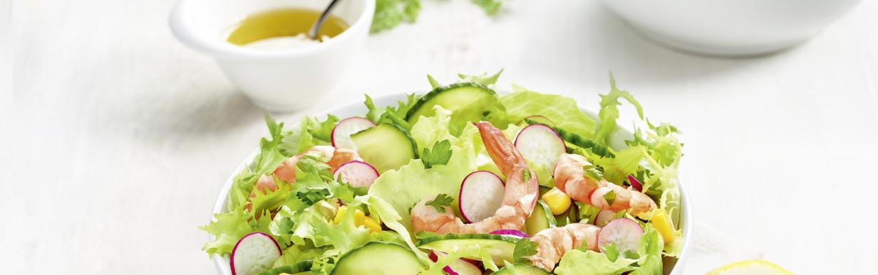 Garnelen- und Gurkensalat mit Zitronendressing
