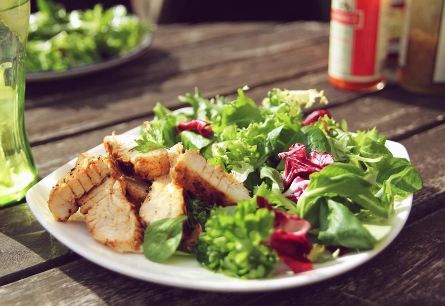 Gourmet Salat mit Hähnchen