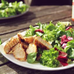 Foto - Gourmet Salat mit Hähnchen -