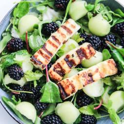 Foto - BBQ-Hähnchenfilet mit Brombeer- und Wassermelonensalat -