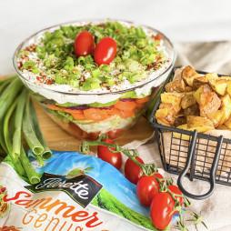Foto - Veganer Sommer Genuss-Schichtsalat mit Gemüse, Sahne & Käse -