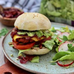 Foto - Veganer Burger mit Avocado -